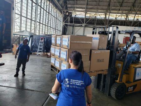 世界粮食计划署从位于巴拿马的仓库向区域各国运送医疗设备。 图片来源:联合国官网 粮食署图片